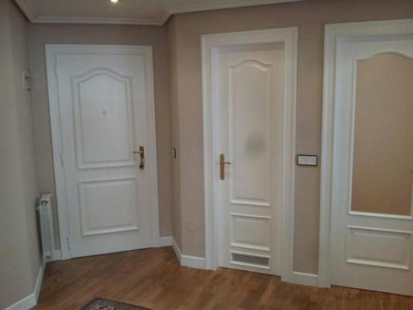 Lacar puertas de roble en blanco materiales de for Lacar puertas en blanco